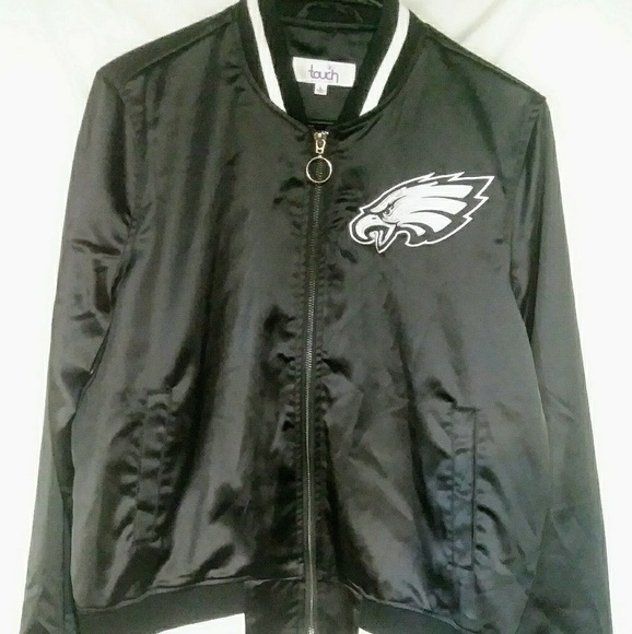 8be88245 NFL Eagles NWT Alyssa Milano Womans Cropped Jacket